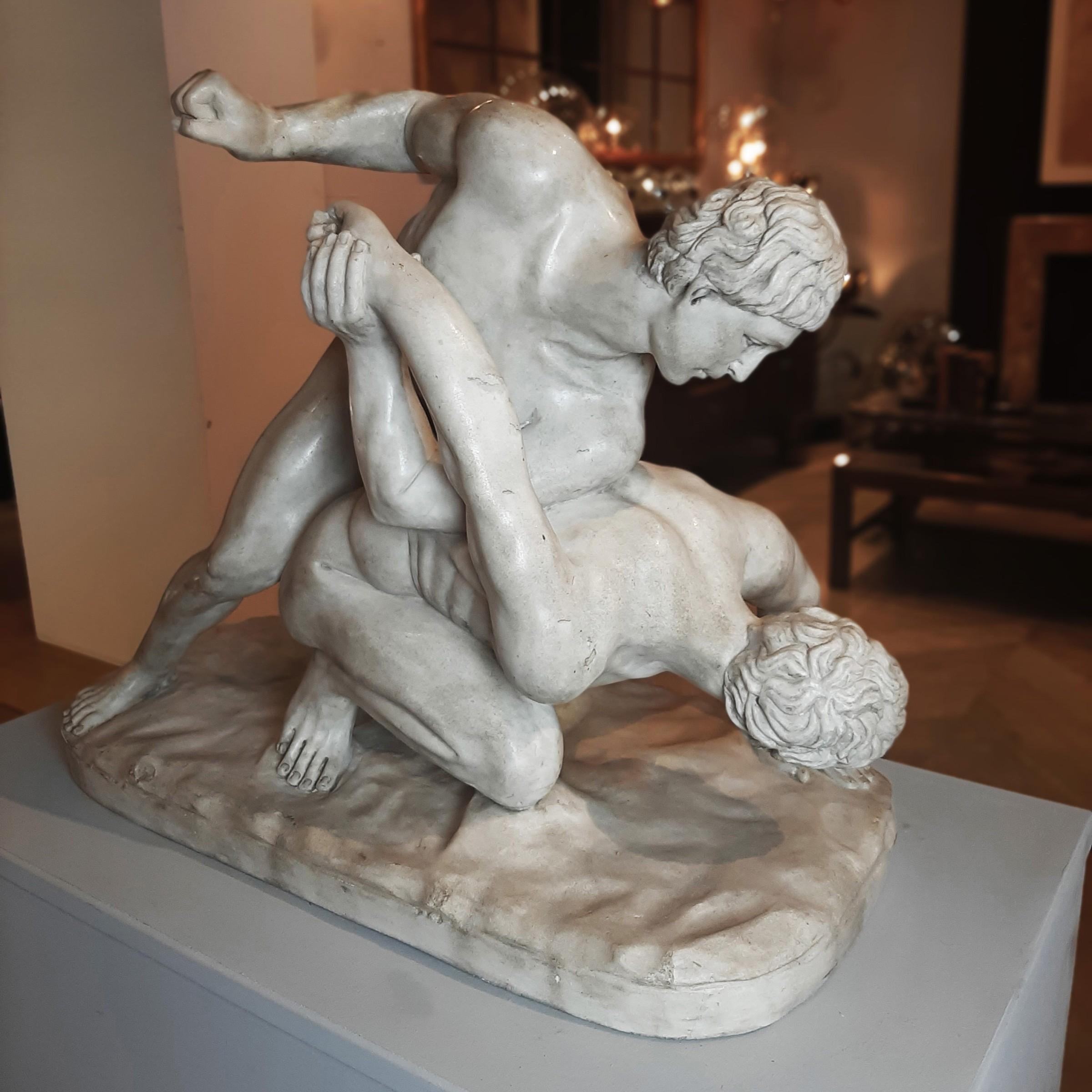19e-eeuwse Grand Tour-marmeren sculptuur na de antieke Uffizi-worstelaars
