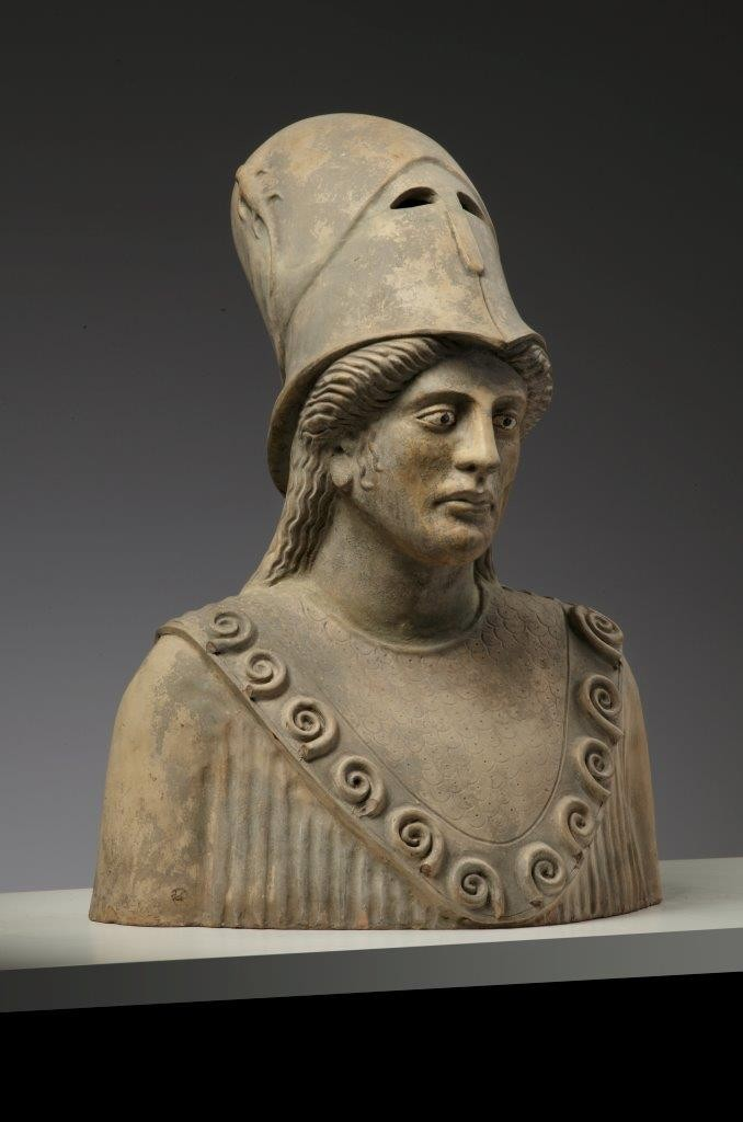 Antieke terracotta buste van Pallas Athena