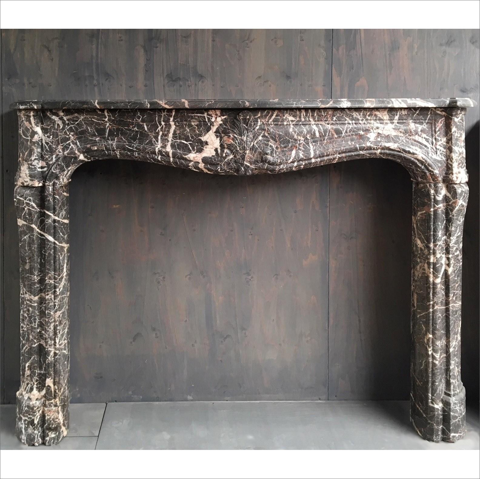 18e eeuwse Hollandse schouw van grijs marmer