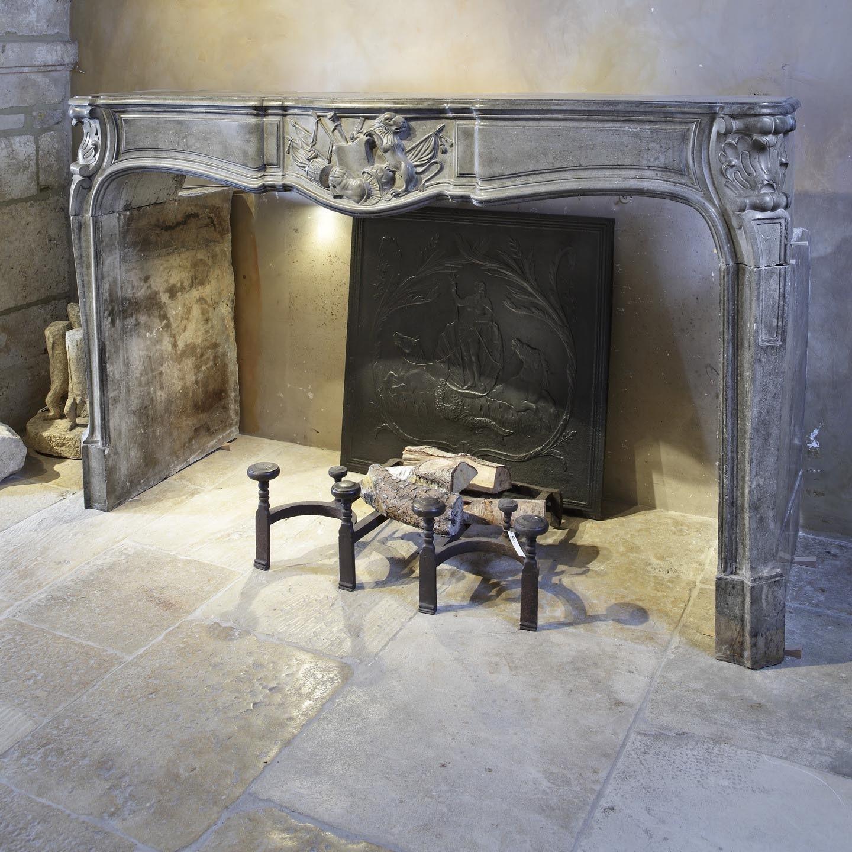 Antieke achtiende eeuwse schouw kalksteen frans barok