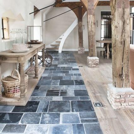 Antieke hardstenen vloeren