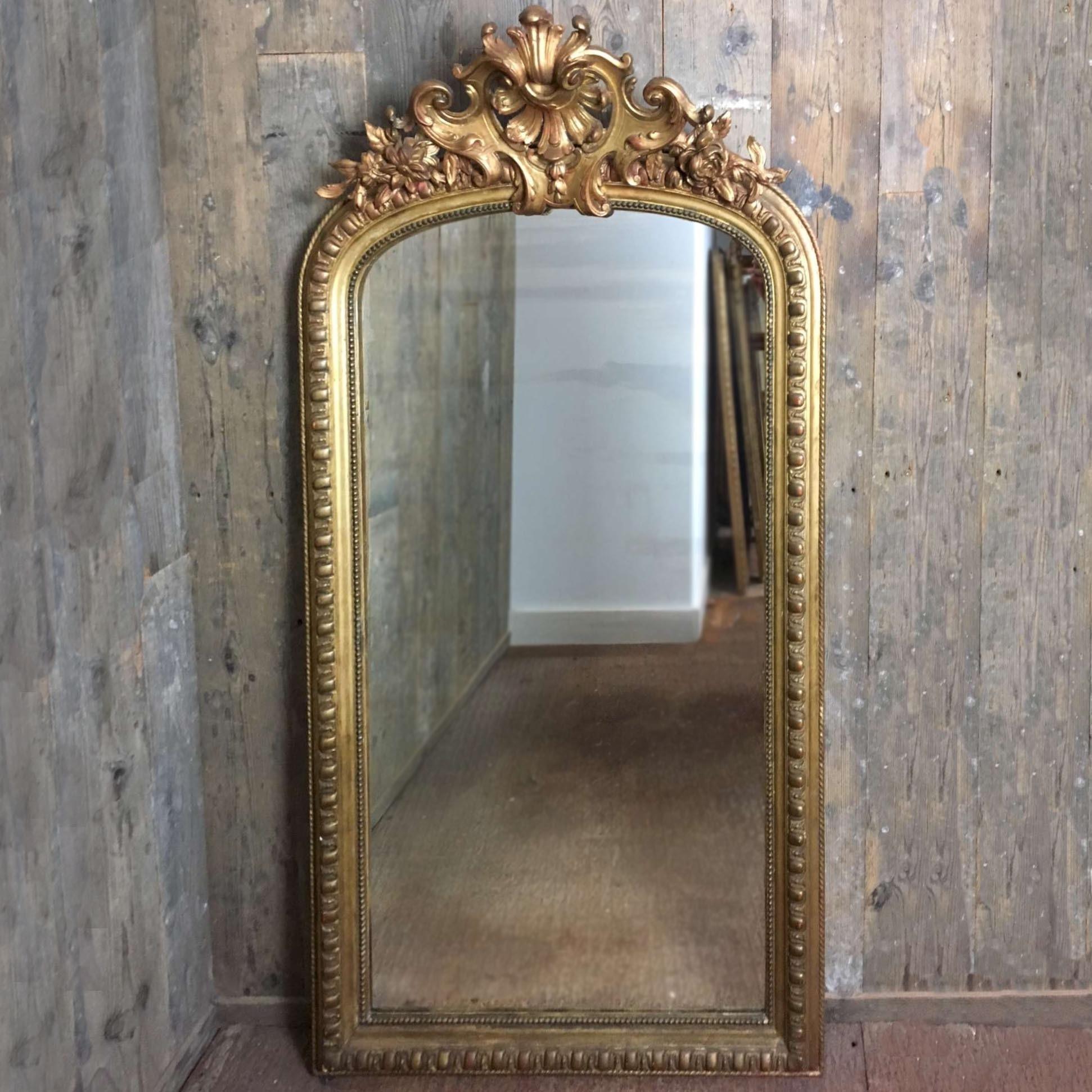 Grote Spiegel Met Kuif.Spiegels Interieur Producten