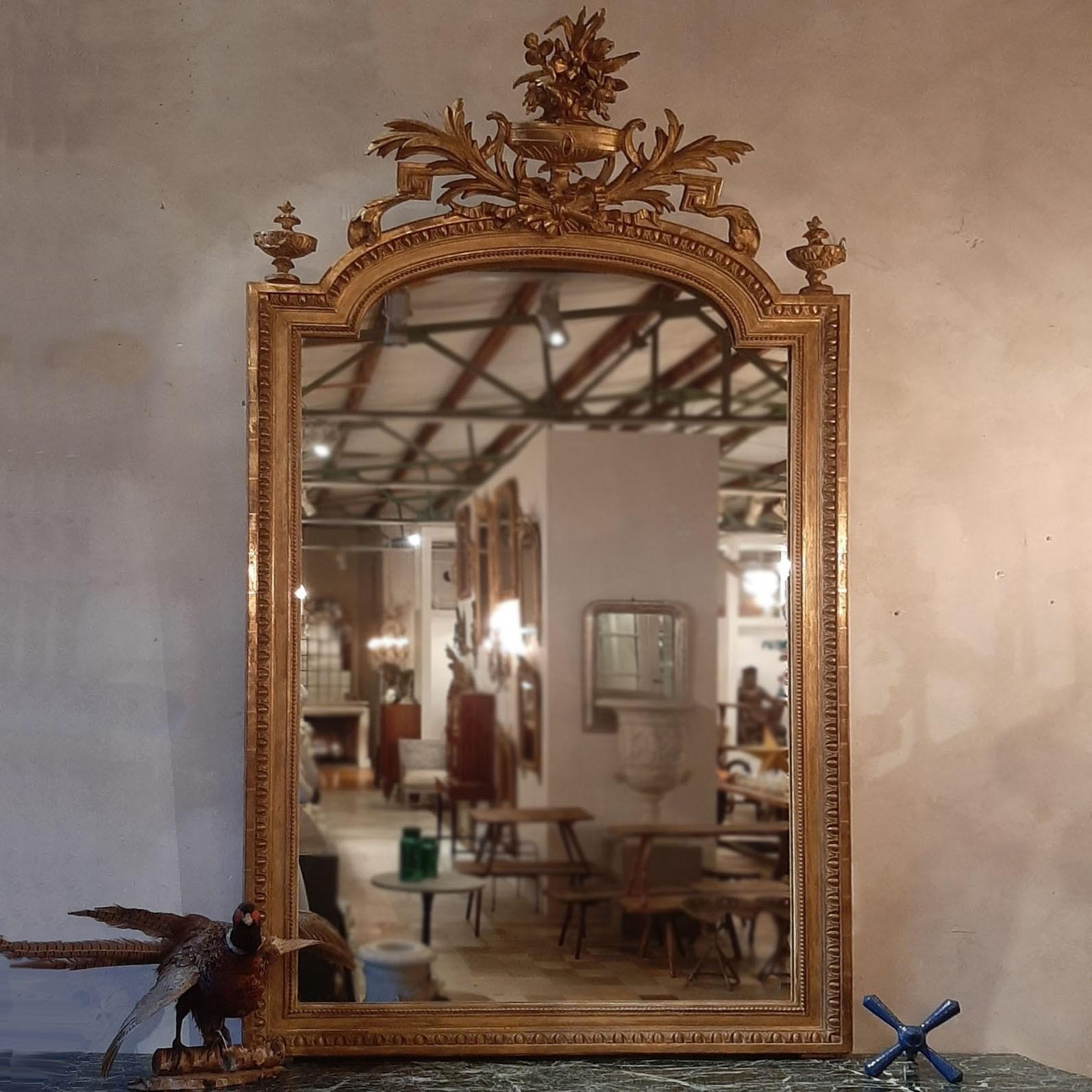 Antieke vergulde Franse spiegel