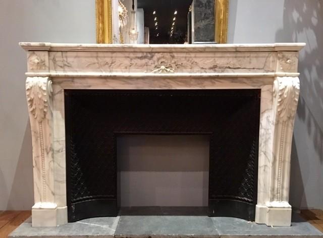 Antiek Louis XVI Carrara marmeren schouw