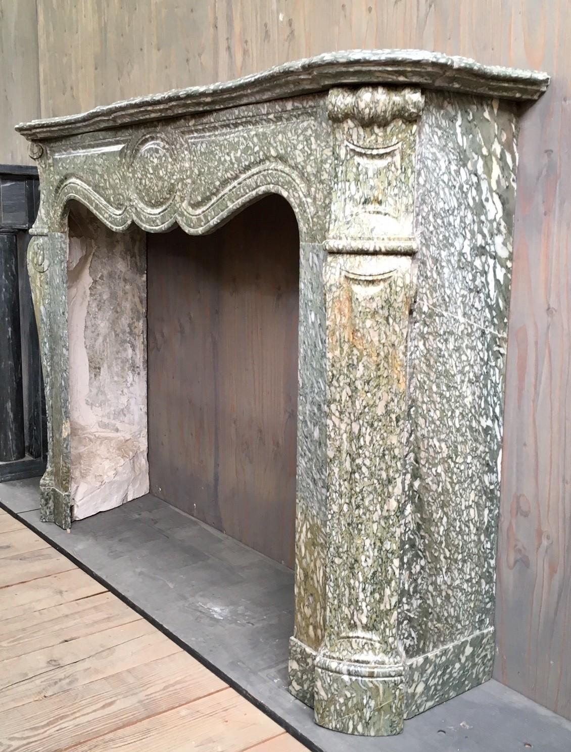 19de eeuwse groene marmeren schouw