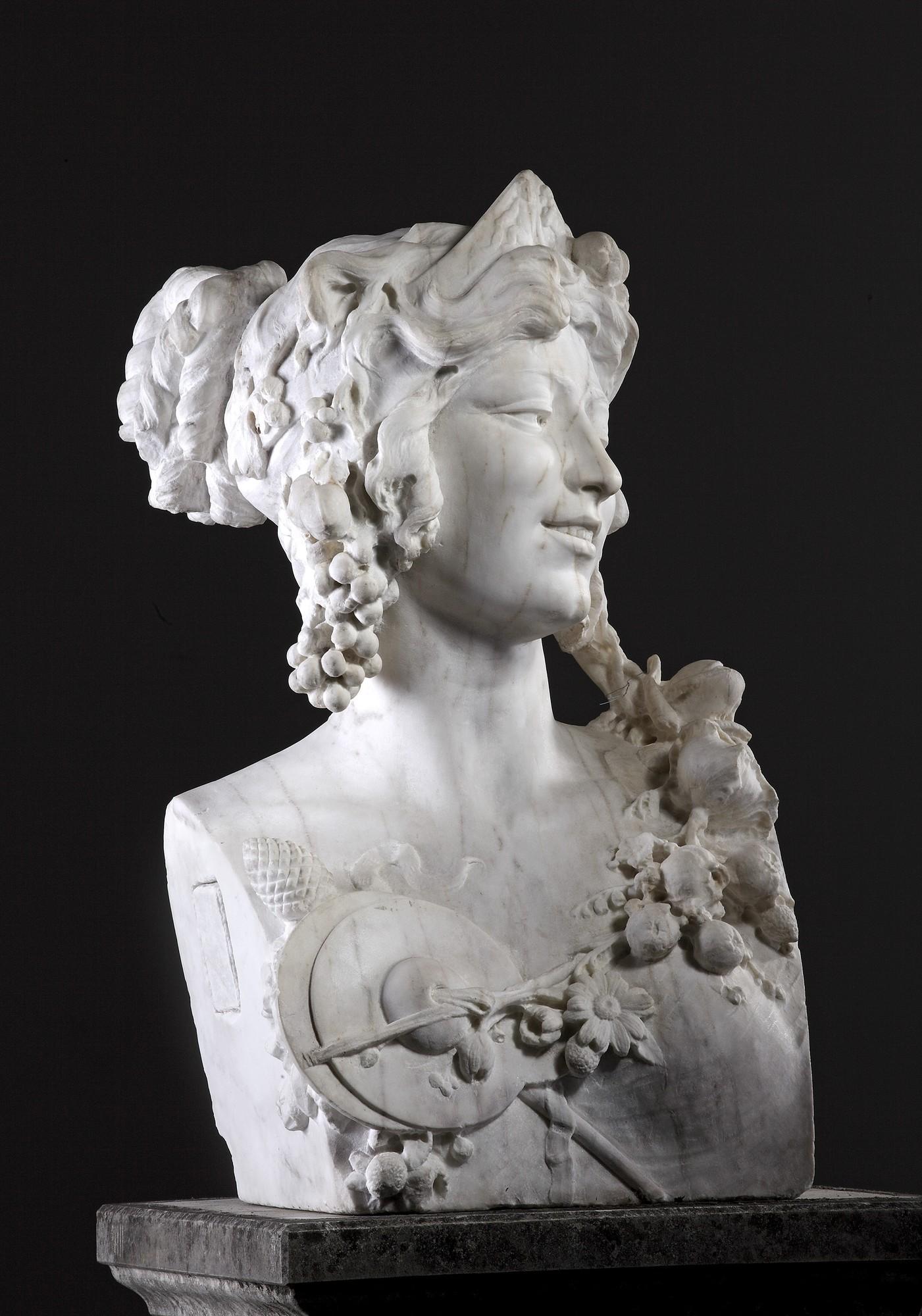 Antieke marmeren buste van een bacchante