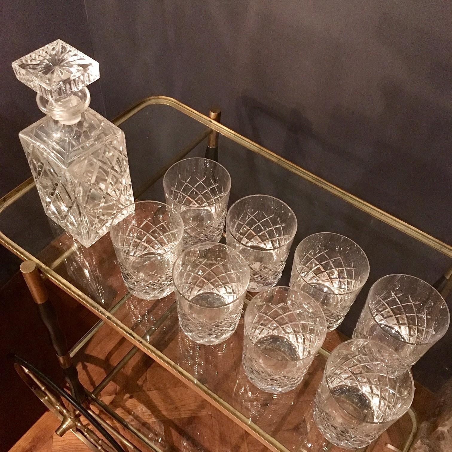Set antieke whiskeyglazen met karaf
