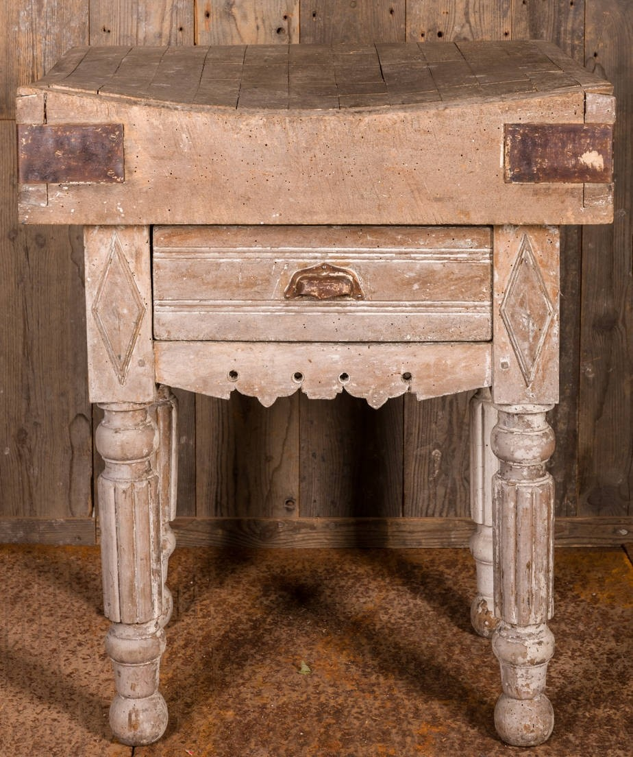 Oud hakblok met lade 18e eeuw