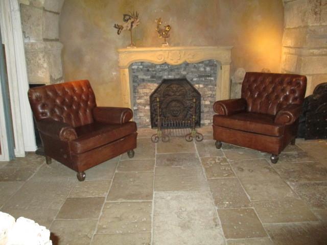Stel bruin leren oude  fauteuils