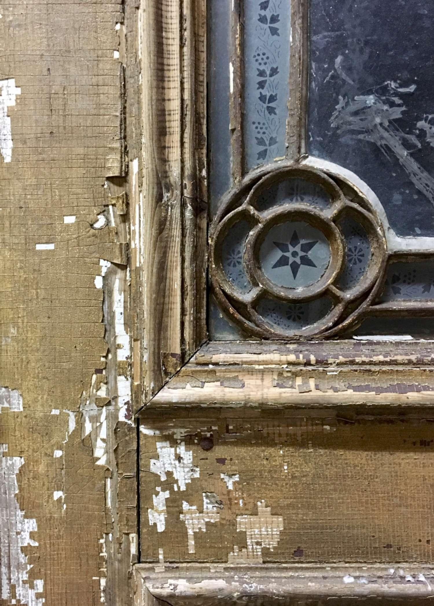 Oude kerkdeuren