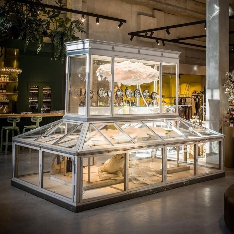 Museum vitrine kast