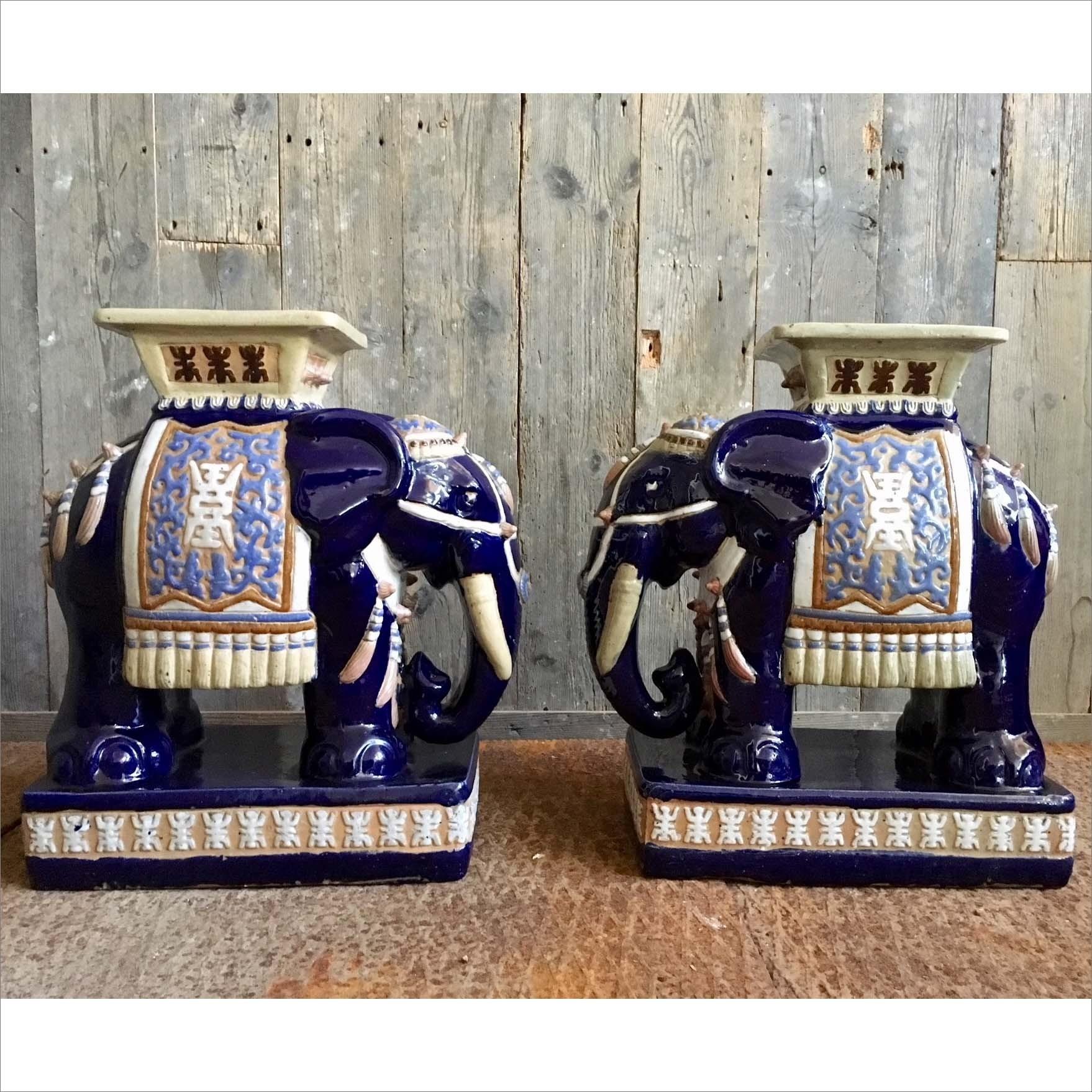 Jaren 70 olifanten tafeltjes/krukjes van keramiek