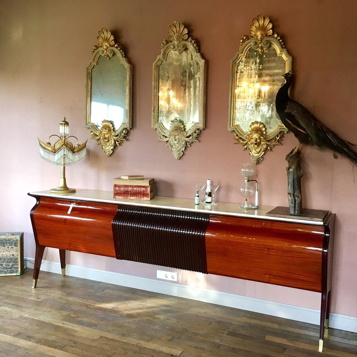 Osvaldo Borsani dressoir uit de jaren '50 (verkocht)