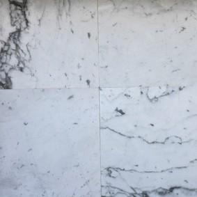 Oud Carrara marmer 48x48 cm