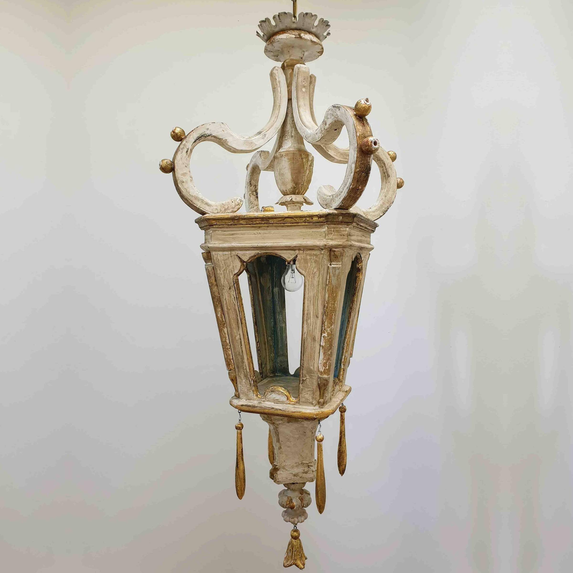 Stel houten lantaarns, gemaakt van 18e eeuwse fragmenten