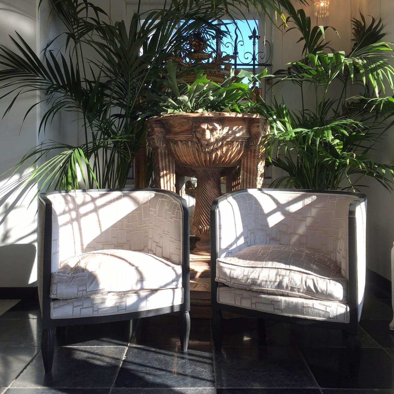 Vintage fauteuils met fluwelen bekleding