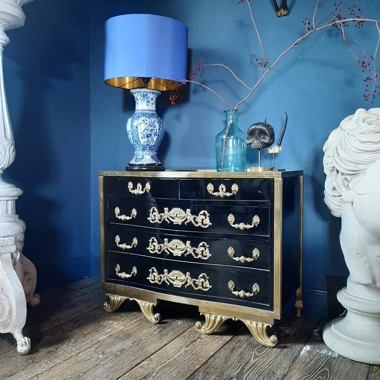 Oude Commode kast